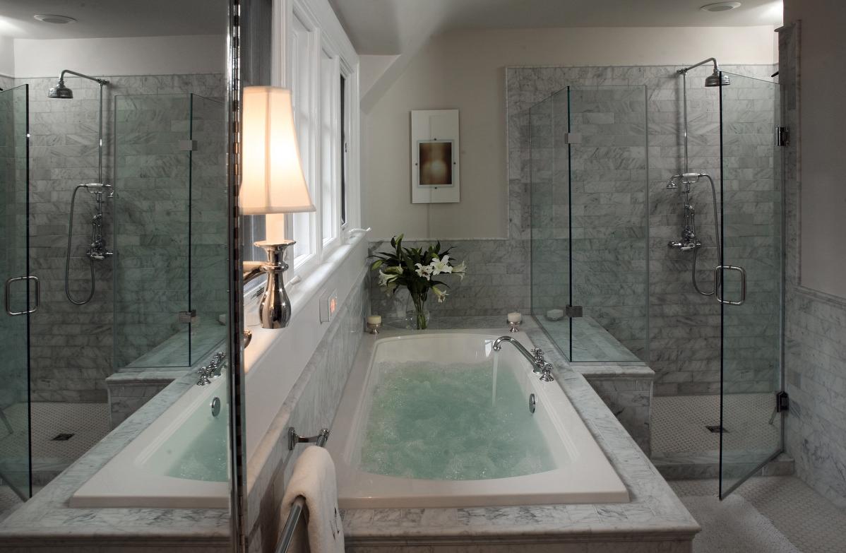 Pearl Arnold Designs Mewkill Bathroom